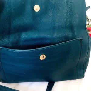 Liz Claiborne Bags - Liz Claiborne Cute Teal Shoulder Bag